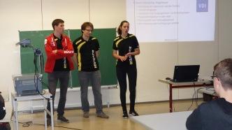 08.11.2017: die Studenten Michael Scheuermann, Christine Sonner und Leonard John vom Karlsruher Institut für Technologie am SG