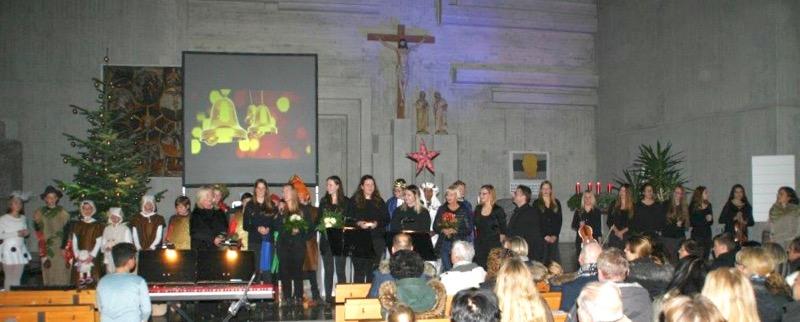 21.12.2016: Langanhaltender Applaus für eine wunderbare Weihnachtsmusik.