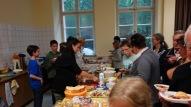 Schulfest, 25.07.2017: am vegetarischen Büffet