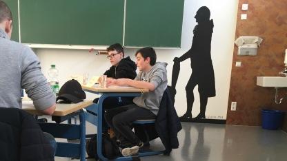 06.02.2018: Luca Seidel und Goethe beim Debattieren — einer davon gewinnt den Regionalwettbewerb
